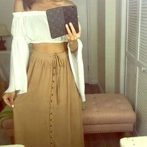 Dresses & Skirts - Button down maxi skirt